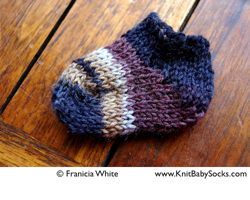 Sock Knitting Pattern For Beginners : short rows   Knit Baby Socks